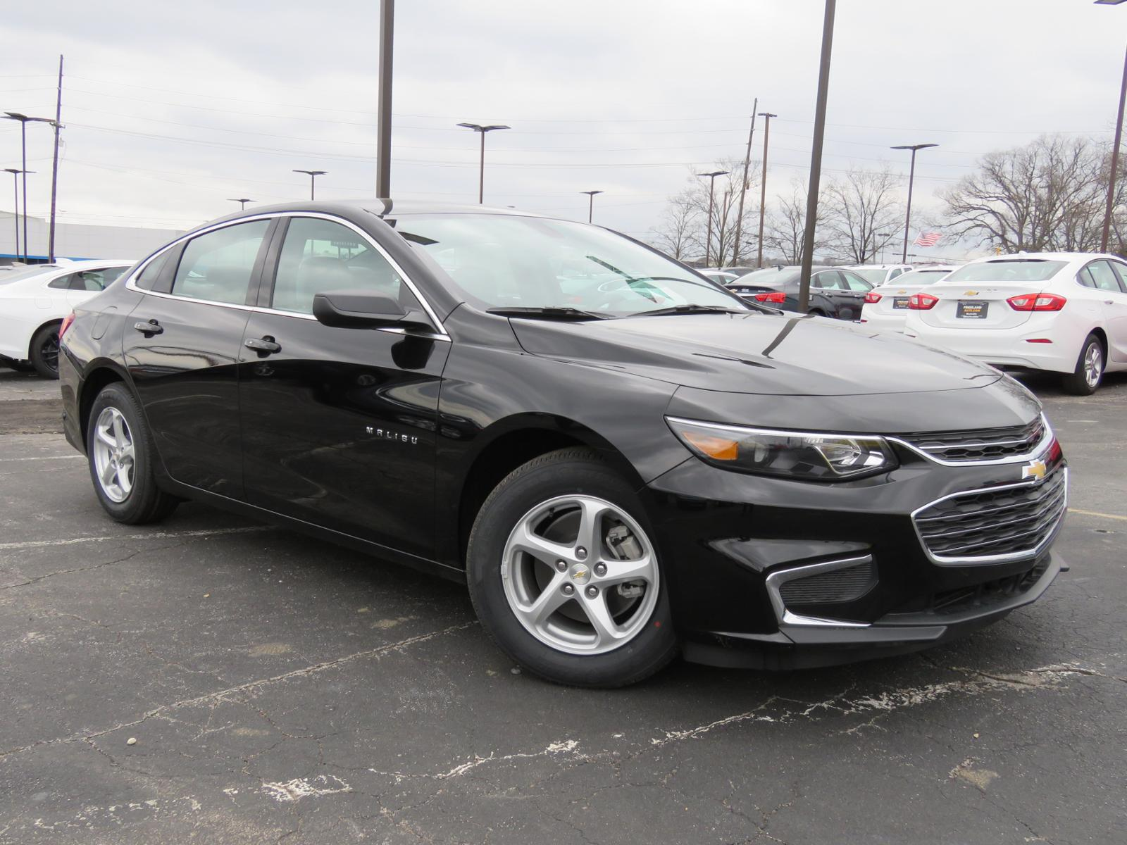 New 2018 Chevrolet Malibu LS 4dr Car L1439