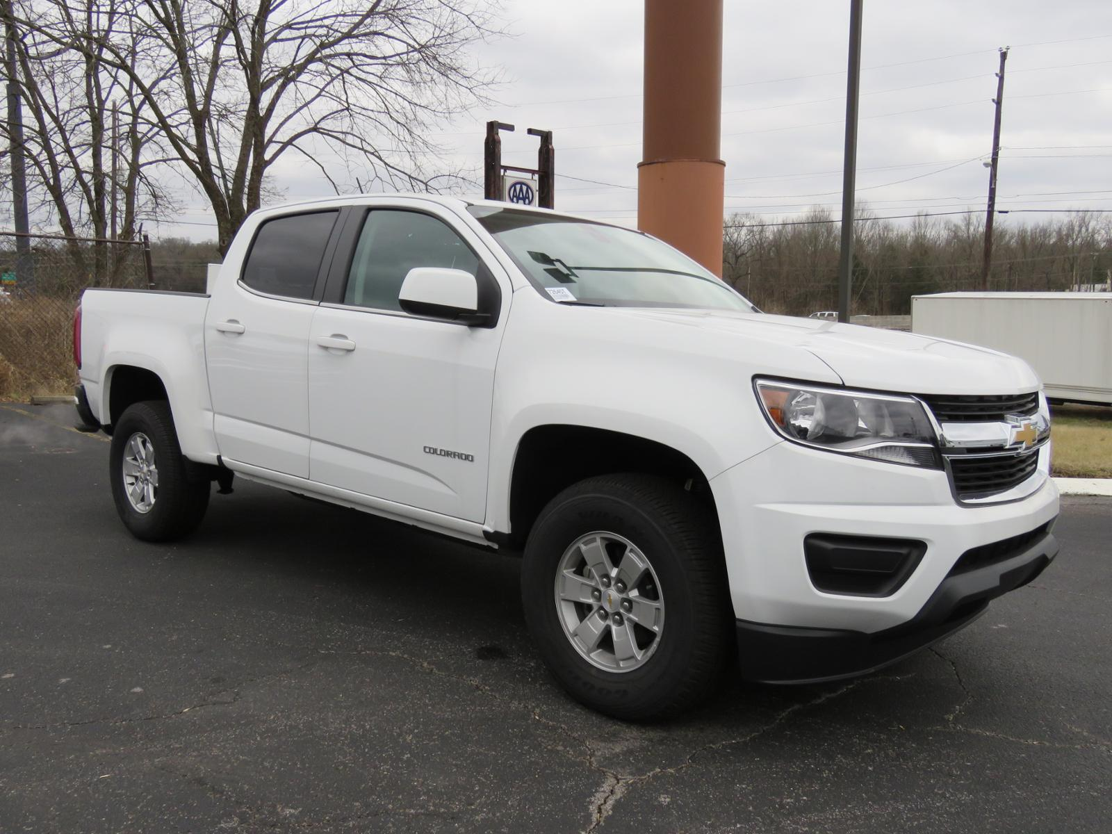 New 2017 Chevrolet Colorado 2WD WT Crew Cab Pickup FK1735