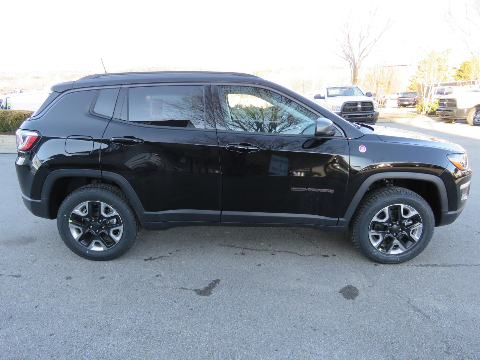 New 2018 Jeep pass Trailhawk Sport Utility C1523