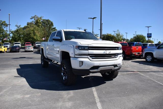New 2017 Chevrolet Silverado 1500 Sca Black Widow Ltz Z71 4wd Truck 3gcuksec7hg232516 further 131275855822 likewise Dash kits jeep additionally Land Rover Range Rover Sport 3 0 Sd V6 Autobiography Dynamic 4x4 5dr in addition Aftermarket Radio Gps Dvd Player For 2002 2007 Jeep Grand Cherokee Liberty Patriot Wrangler With Bluetooth Music Tv Ipod Iphone Usb Sd Mp3 Aux Rearview Camera T6015. on touch screen radio dodge